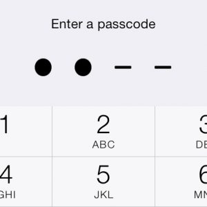 Entering a Passcode iOS 7 iPhone