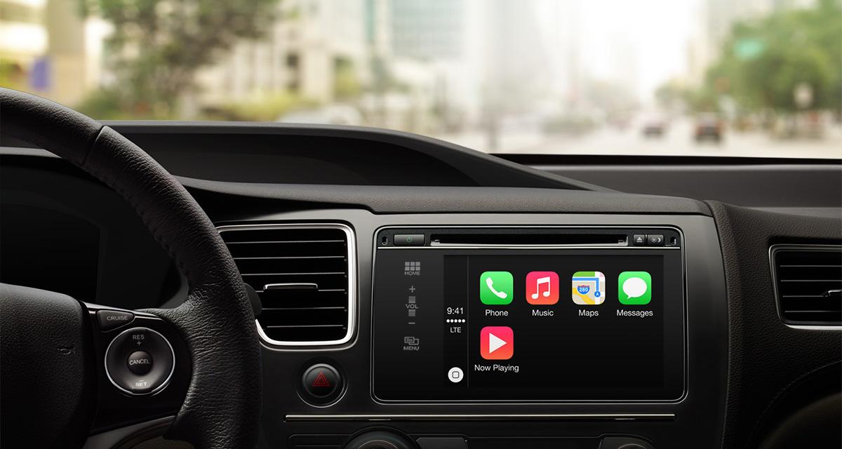 Apple CarPlay in car home screen