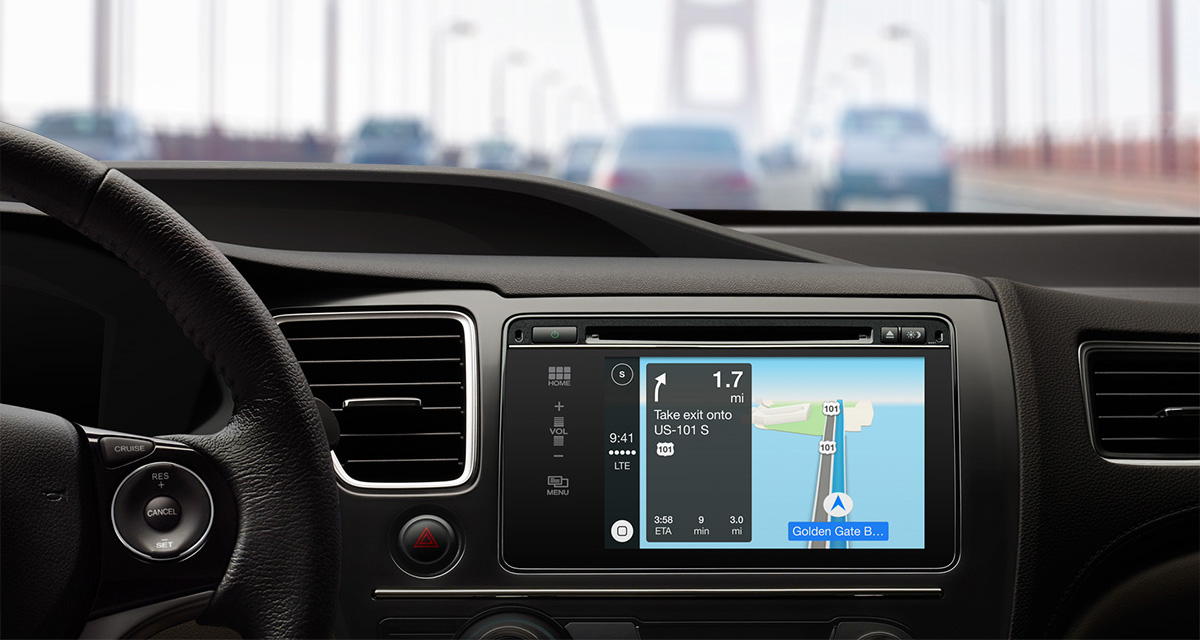 Apple CarPlay in car maps