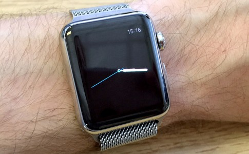 Show Digital Time on Analog Watch Face Apple Watch