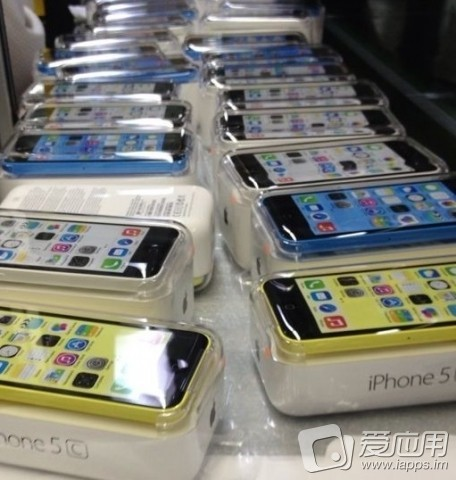 iPhone 5C Shipments