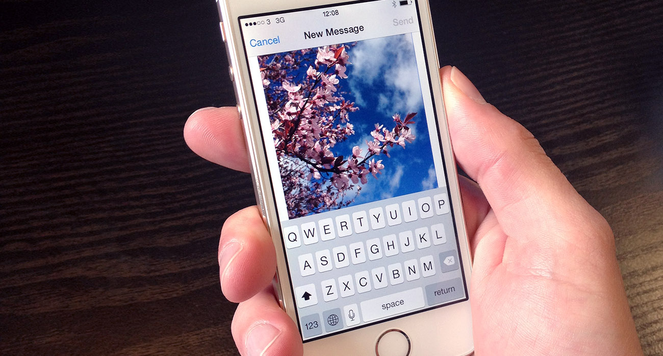 Attach images to emails on iPhone